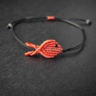 Black macrame bracelet with orange fish Code: FISHB1003 Price: From 10€ to 7€ ______________________________ Μαύρο μακραμέ βραχιόλι με πορτοκαλί ψάρι Κωδικός: FISHB1003 Τιμή: Από 10€ μόνο 7€ ______________________________ #jcmacrame #juliascollection #macrame #macraméfish #fish #macramejewelry #fishes #macramebracelet #bracelet #braceletoftheday #macramelove #macramedesign #orange #orangemacrame #orangejewelry #loveorange #orangeonly #loveit #❤️ #🐟