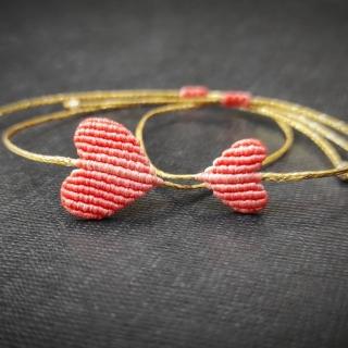 Gold macrame mum and daughter set with light orange heart Code: GS1013 ______________________________ Χρυσό μακραμέ σετ μαμά κόρη με σομον καρδιά Κωδικός: GS1013 ______________________________ #jcmacrame #juliascollection #macrame #hearts #macramehearts #macramejewelry #macramebracelet #bracelet #braceletoftheday #macramelove #macramedesign #somon #orange #orangeset #orangemacrame #orangeheart #purpleonly #loveit #❤️ #ornageset #mumanddaughter #daughter #macrameset