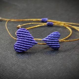 Gold macrame mum and daughter set with purple heart Code: GS1009 ______________________________ Χρυσό μακραμέ σετ μαμά κόρη με μωβ καρδιά Κωδικός: GS1009 ______________________________ #jcmacrame #juliascollection #macrame #hearts #macramehearts #macramejewelry #macramebracelet #bracelet #braceletoftheday #macramelove #macramedesign #purple #purplwemacrame #purpleheart #purpleonly #loveit #❤️ #purpleset #mumanddaughter #daughter #macrameset