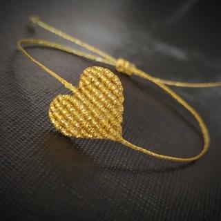 Gold macrame heart bracelet Code: GC1002 Price: 6€ ______________________________ Χρυσό μακραμέ βραχιόλι καρδιά σε χρυσό χρώμα  Κωδικός: GC1002 Τιμή: 6€ ______________________________ #juliascollection #jcmacrame #macrame #macramejewelry #macramebracelet #macramelove #macramedesign #macramelovers #gold #heart #goldheart