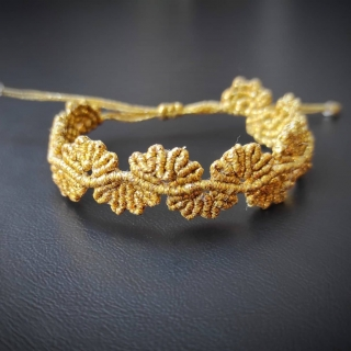 Gold macrame bracelet with leafs Code: BL2002 Price: 14.20€ ______________________________ Μακραμέ βραχιόλι με μικρά φύλλα σε χρυσό χρώμα  Κωδικός: BL2002 Τιμή: 14.20€ ______________________________ #jcmacrame #juliascollection #macrame #macramejewelry #macramebracelet #bracelet #braceletoftheday #macramelove #macrameflower #macrameleaf #leaf #macramedesign #green #lightgreen #gold #flowers #leafs #loveit #❤️