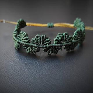 Dark green macrame bracelet with leafs Code: BL2003 Price: 14.20€ ______________________________ Μακραμέ βραχιόλι με μικρά φύλλα σε σκούρο  πράσινο χρώμα  Κωδικός: BL2003 Τιμή: 14.20€ ______________________________ #jcmacrame #juliascollection #macrame #macramejewelry #macramebracelet #bracelet #braceletoftheday #macramelove #macrameflower #macrameleaf #leaf #macramedesign #green #darkgreen #gold #flowers #leafs #loveit #❤️